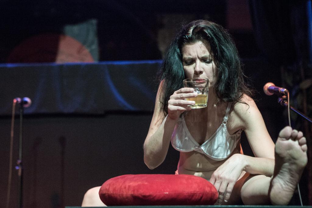 """""""Drink"""" di Cravero/Tomellini - foto Stefano Roggero"""