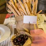 """16 giugno, il Circolo dei lettori: """"Kitchen Kabarett"""", la cenetta di Anna b.Lab con Grissinificio Feyles e La Frutteria di Gaido (foto Davide Gneri)"""