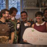 12 giugno, Caffè Moderno: l'Aperitivo speciale PWF7 e lo staff del Caffè (foto Mario Ruggiero)